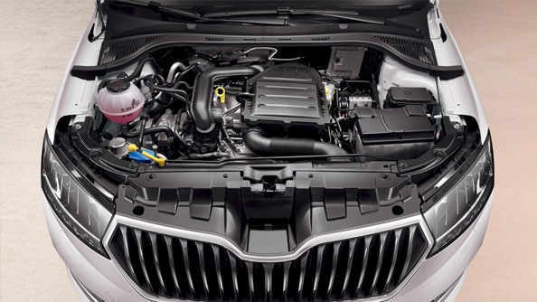 Powerful yet thristy The Fabia offers exclusively modern petrol engines, combining driving pleasure and environmental values. With the average fuel consumption from only 4.8L per 100km and 109g/km CO2 emission