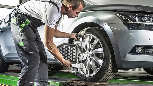 Wheel Alignment If your wheels are not aligned properly, the tyres will wear unevenly. This is why we offer to check your car's axle geometry and adjust it if necessary. We carry out work precisely according to the manufacturer's instructions, and in doing so we use manufacturer-approved modern equipment.