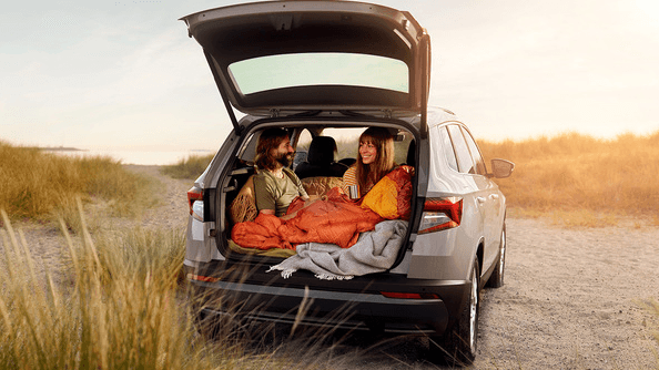 Your Lifespace With the Karoq, there'll be no more worries about having to leave anything behind. It's simple – you can fit in everything you need. The luggage compartment – the biggest in the class – accommodates 521L in the basic five-seat configuration. The rear-seat backrests can be unlocked from the luggage compartment to increase the boot volume to 1,630 litres. – there is enough space for you and your whole life.