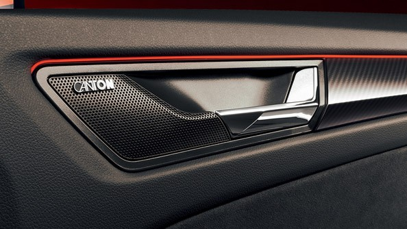 Canton Sound System Alcantara®, which stands out with its distinctiveness and excels with its durability, is also incorporated in the door panelling. Stylish details are accompanied with stylish technologies. The Canton Sound System with ten speakers and total power output of 575 Watts comes as standard.